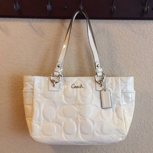 Coach (F17728) Ivory patent leather tote